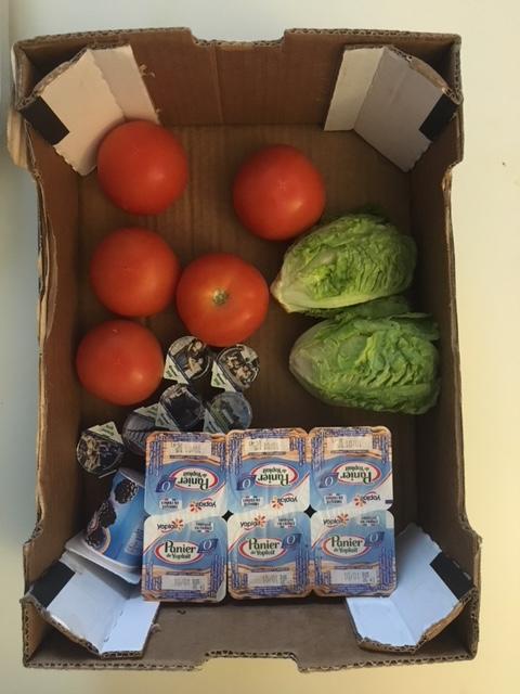 Yaourt + tomates + salade